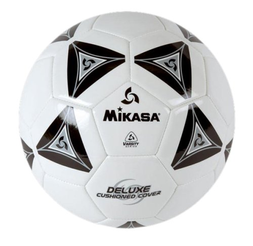 Best Soccer Ball Reviews (2019): Our Favorite Ones For All