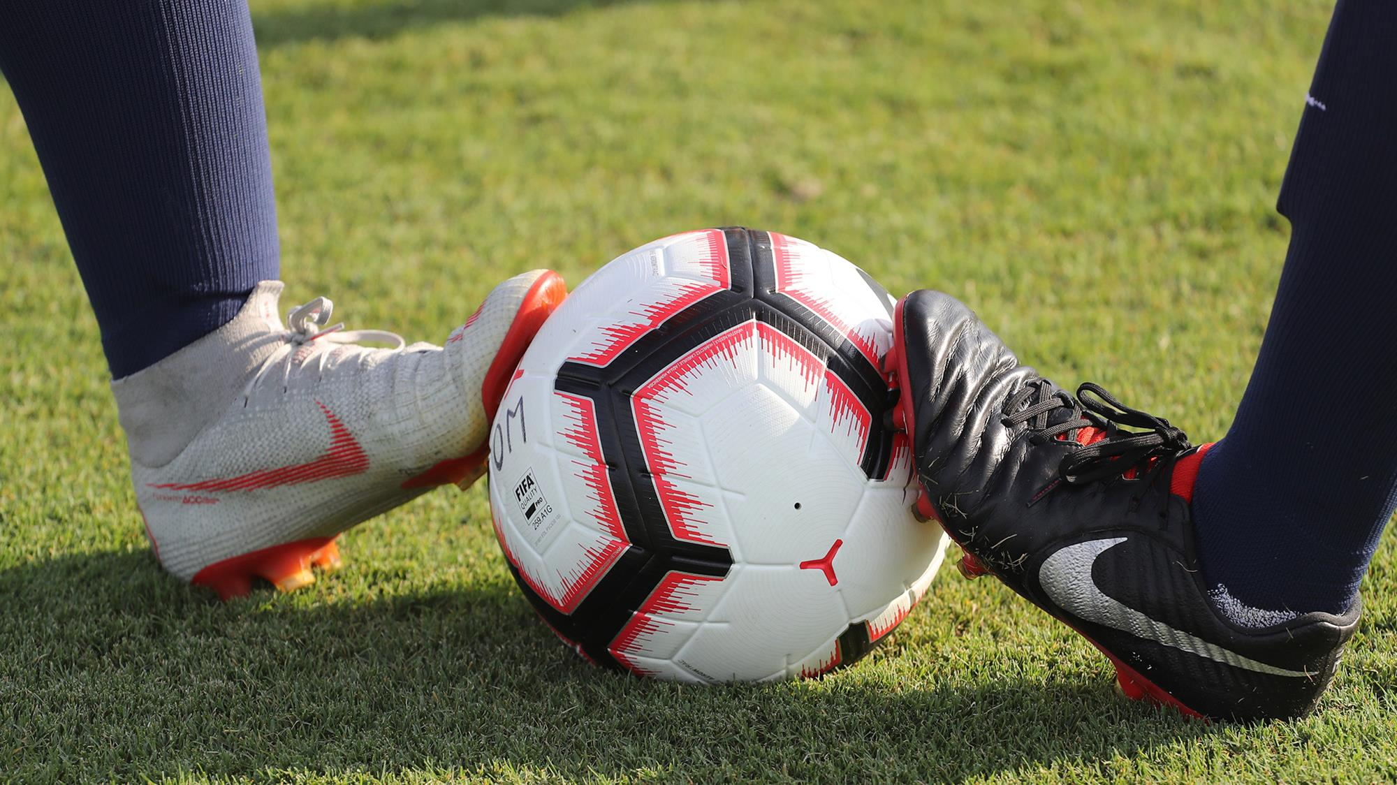 Best Soccer Cleats For Artificial Grass Top Corner Magazine