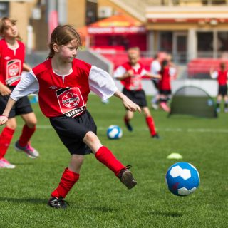 Review: Vizari Striker Youth Soccer Cleats